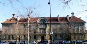 1280px-P1000874_Paris_XIII_Boulevard_de_l'Hopital_ENSAM_reductwk